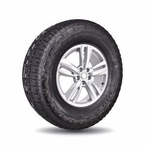 Llanta Bridgestone Dueler A/T Revo 3  285/70R17 121 R