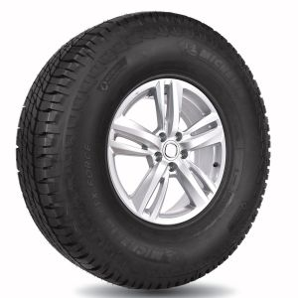 Llanta Michelin LTX Force 205/70R15 96T